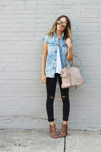 the whiskey wolf blogger peep toe boots nude bag denim vest black ripped jeans