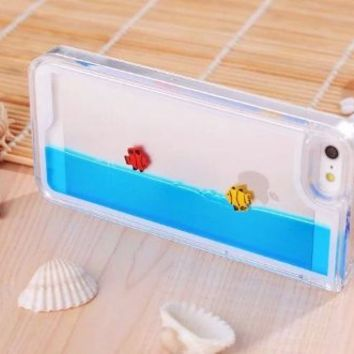 Easygoby Creative Design Free Flowing Liquid Swimming Fish Clear Hard Case For Apple iphone 5 5S (Blue) on Wanelo