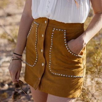 skirt suede nastygal ladyland mini skirt mustard tan studs studded fall style suede skirt 70s style
