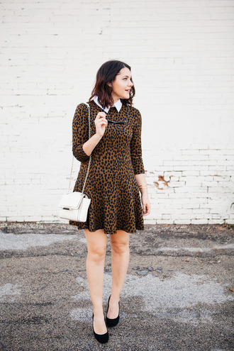 kendi everyday blogger sunglasses leopard print printed dress