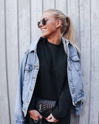 sweatshirt black sweatshirt jacket blue jacket handbag black handbag sunglasses metallic sunglasses sweater bag