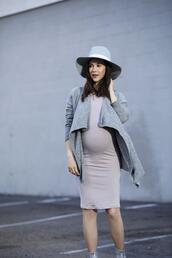 inspades,blogger,dress,cardigan,hat,shoes,maternity