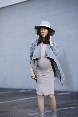 inspades blogger dress cardigan hat shoes maternity