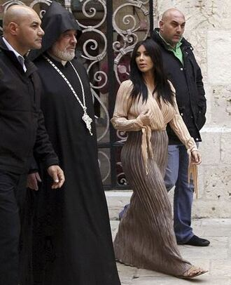 skirt maxi skirt blouse kim kardashian jewels