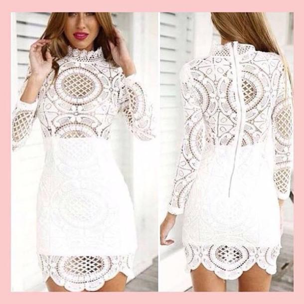 Elegant Long White Lace Dresses