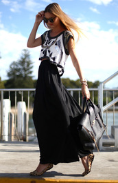 maxi skirt,black skirt,leopard shoes,skirt,shirt,blouse,crop tops,beaded,bag,bluse,black,white,short,silver,black and white,embellishment,leather purse,black leather,handbag,aztec,dress,black dress,black handbag,fashion,leather handbag,cardigan,hat,top