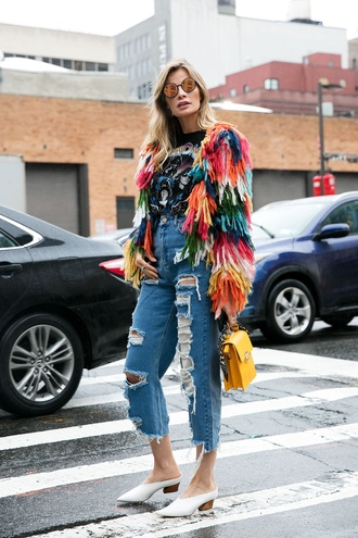 jacket nyfw 2017 fashion week 2017 fashion week streetstyle colorful multicolor printed jacket t-shirt black t-shirt graphic tee denim jeans blue jeans ripped jeans cropped jeans shoes babouches white shoes bag yellow yellow bag sunglasses mirrored sunglasses round sunglasses