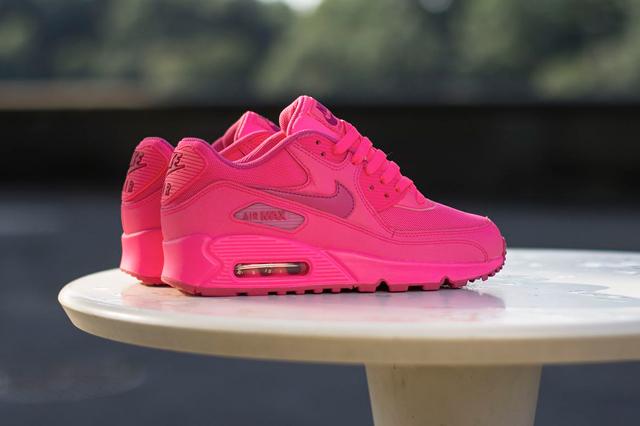 Nike Air Max 90 GS - Hyper Pink / Vivid Pink | KicksOnFire.com