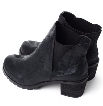 shoes boots booties booties shoes boots black booties black ankle boots ankle booties. black shoes chunky heel chunky heels black booties beauty fashion