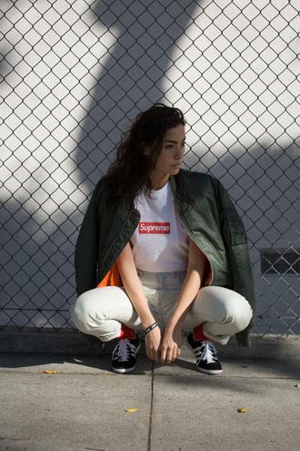 sweat the style blogger t-shirt army green jacket khaki bomber jacket supreme sportswear