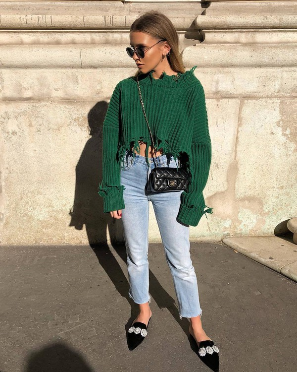 jeans cropped jeans high waisted jeans mules cropped sweater knitted sweater oversized sweater crossbody bag mini bag sunglasses