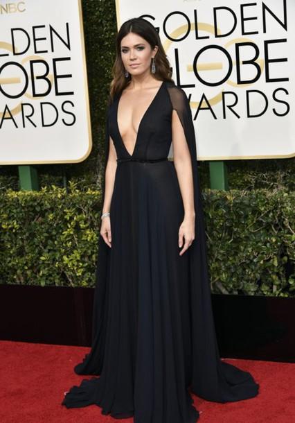 dress plunge v neck plunge dress mandy moore golden globes 2017 black dress gown prom dress red carpet dress