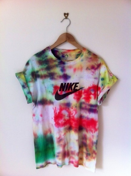 shirt nike tye dye short sleeve clothes t-shirt colors cool hipster rainbow shorts tee nike sweater high waisted short high wasted jeans jeans high heels couleurs omg tumblr tie dye athlete unisex nike, tiedye