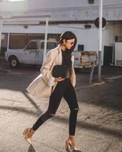 blouse,black t-shirt,black jeans,ripped jeans,pumps,high heel pumps,jacket,sunglasses,handbag