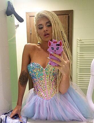 corset prom dress rainbow diamonds glitter dress princess dress girly evening dress make-up blonde hair