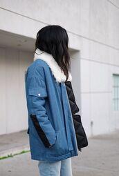 jacket,tumblr,blue jacket,fur collar jacket,winter outfits,winter jacket,winter look,denim,jeans,blue jeans,all blue,shearling denim jacket,shearling jacket