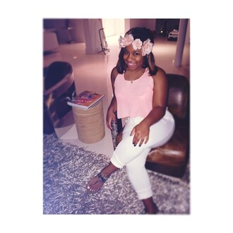 tank top pale pink reginae carter flower crown shirt blouse reginae hair accessory pink sunglasses backpack