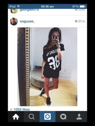 top tumblr black white tanned black top nikes black nikes love fashion style clothes summer shopping like urban numbers 86 tumblr outfit white numbers brooklyn brooklyn 86 86 letter t shirts