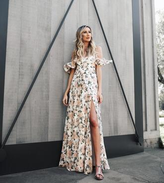 carly cristman blogger shoes jewels top sweater floral dress maxi dress sandals spring outfits