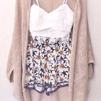 cardigan beige crop tops lace flowered shorts tumblr pants