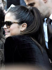 sunglasses,selena gomez