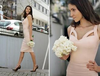 rana demir blogger bridesmaid bodycon dress cut-out dress pumps