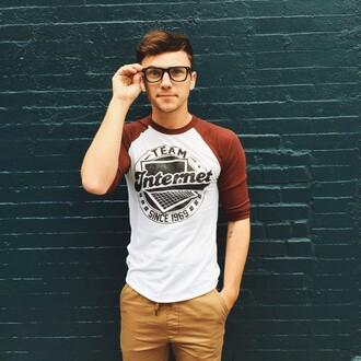 scout sixteen blogger t-shirt warby parker hipster menswear baseball tee