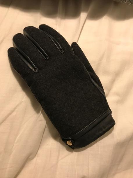 gloves black leather