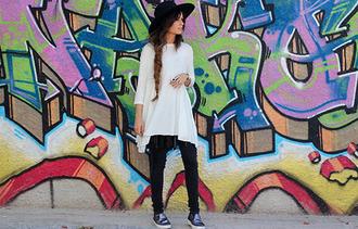 madame rosa blogger t-shirt belt shoes