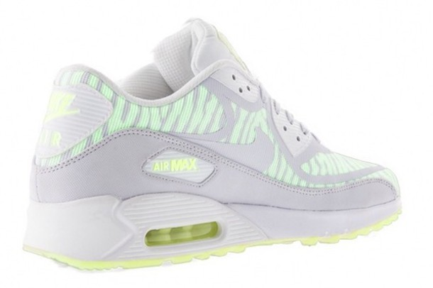 shoes air max white glow in the dark