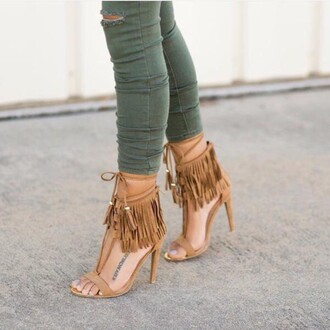 shoes angl fringes suede shoes fall accessories fringe shoes sexy shoes leather sandals sexy heels suede heels party shoes
