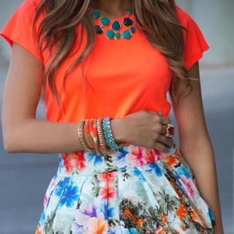 jewels shirt earphones bag skirt