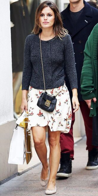 sweater grey sweater printed skirt mini skirt crossbody bag ballet flats rachel bilson black crossboody bag petite girls