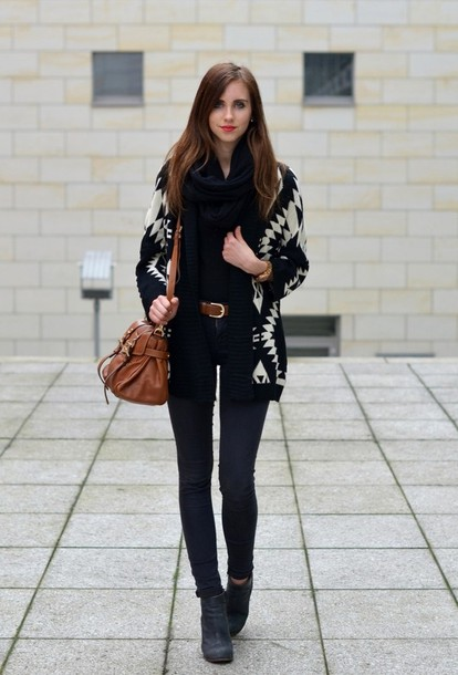 vogue haus t-shirt jeans sweater scarf bag shoes jewels