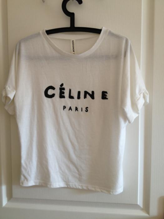 TEE shirt Céline - €25.00   Hauts   T-Shirts - vinted.fr d4f64956019