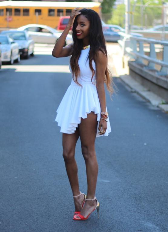 White Sleeveless Asymmetrical Pleated Dress | SPREDFASHION
