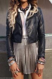 skirt,gold,cute,metallic skirt,pleated skirt,silver,metallic pleated skirt,adorable outfit,cute skirt,love,fall skirt,school bag,style,fashion