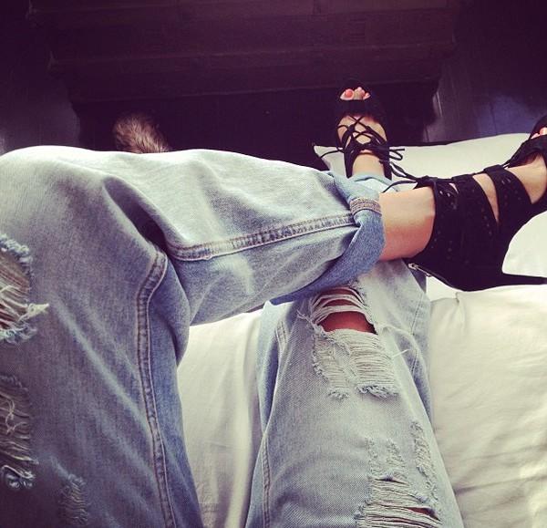 jeans ripped jeans boyfriend jeans shoes
