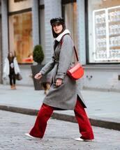 coat,white shoes,grey coat,velvet,pants,bag,black hat