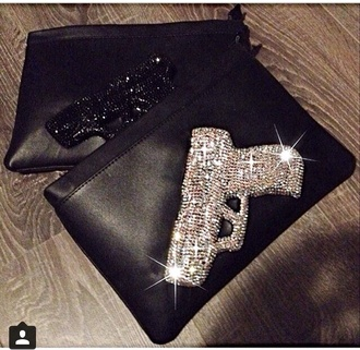 bag clutch black gun