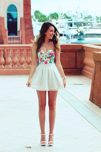 dress pretty dress lace skirt floral top bustier floral bustier mini skirt mini skirt and crop top white white skirt floral summer dress summer outfits spring outfits boobtube pretty