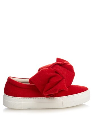 bow red shoes