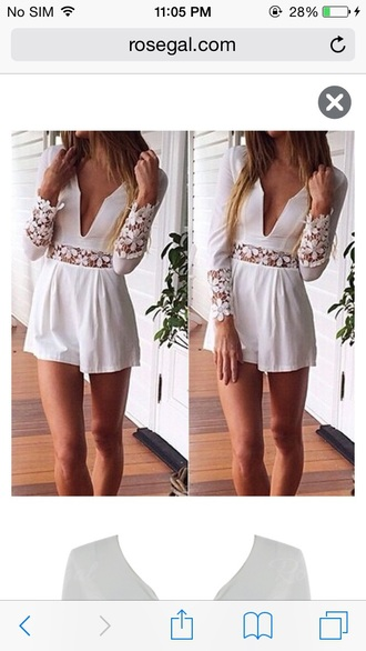 romper lace cute women lace romper floral romper white lace romper long sleeve romper long sleeves floral fashion pretty v neck plunge v neck plunge neckline deep plunge girly girly wishlist white summer beautiful trendy