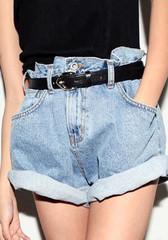Loose fit denim shorts