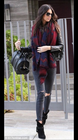 scarf kendall jenner kardashians