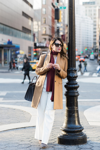 the corporate catwalk blogger camel coat burgundy scarf white pants white and beige outfit white and beige