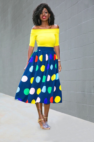 blogger top skirt shoes yellow top midi skirt sandals spring outfits