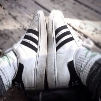 shoes adidas wings huf socks grey leggings adidas shoes adidas adidas superstars