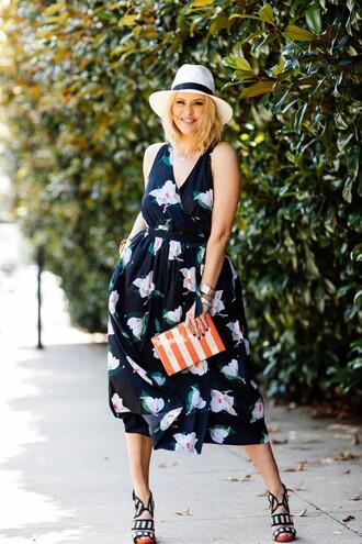 the courtney kerr blogger dress blue dress floral dress white hat v neck dress clutch maxi dress heels summer dress summer outfits orange wedding guest