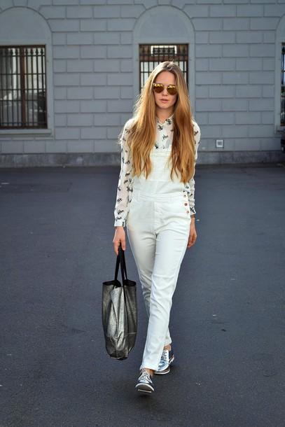 bonsoir cherie blogger sunglasses blouse bag tote bag silver denim overalls 70s style